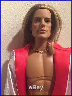 Tonner blond male Matt 17 fashion doll in Trent boxing outfit