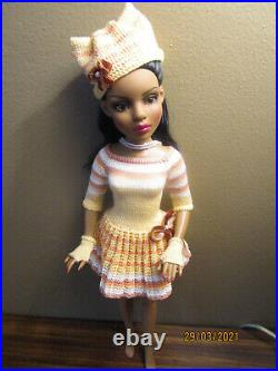 Urban Mood Spice Lizette dressed doll, comes with custom outfit shown