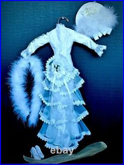 Victorian Romance Tonner 22 American Model Outfit Dress Hat Shoes