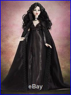 Wilde Imagination Under A Cloak of Darkness 19 OUTFIT & ACCESSORIES Evangeline